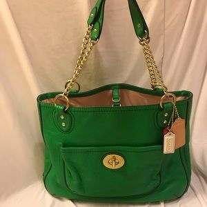 Gorgeous Kelly green Coach leather handbag.